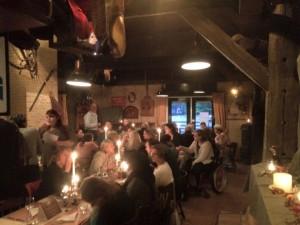 Tijdens het vorige diner zat het restaurant helemaal vol